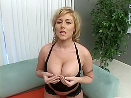 She Likes To Work Out With Black Dick